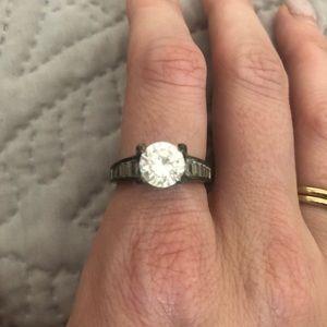 🔴Costume jewelry ring